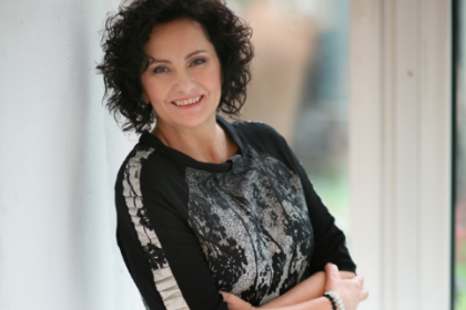 """Jeannette Kalyta - Autorka książki """"Położna. 3350 cudów narodzin"""""""