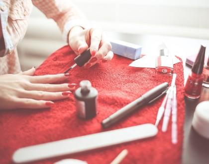 Stylizacja paznokci – najnowsze trendy.