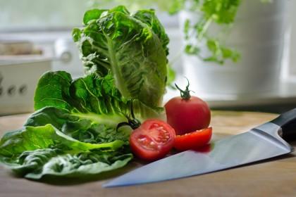 Smacznie i zdrowo - wiosenne sałatki.