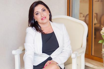 Renata Wrona - trenerka rozwoju osobistego, Akredytowany Coach ICF, PR managerka.