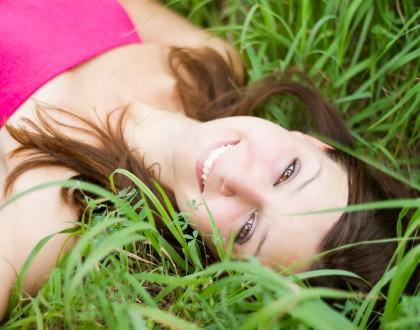 Pielęgnacja skóry twarzy, szyi i dekoltu by zachować młodość