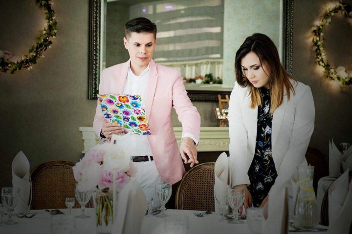 Motyw przyjęcia weselnego – dlaczego warto wybrać temat przewodni wesela?