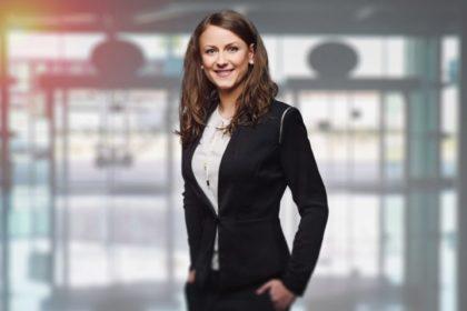 Kobieca garderoba do biura i do pracy