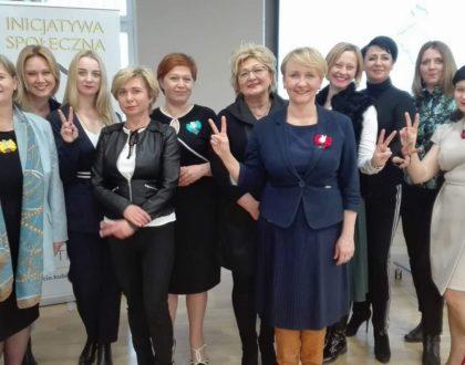 """Jak wielka jest siła kobiecej współpracy? Rozmowa z inicjatorkami obchodów """"100-lecia Kobiet"""" na Podlasiu"""