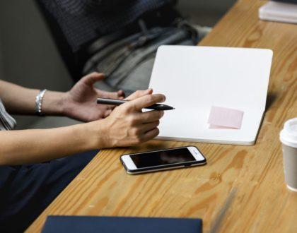 Jak zarządzać sobą, firmą, zespołem i obowiązkami przez docenianie