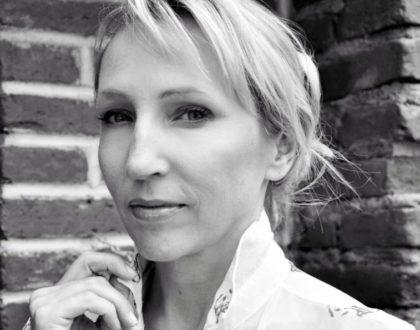 """""""Myślę, że my kobiety, które żyjemy w innym miejscu i warunkach powinnyśmy się poznawać i wspierać..."""" Beata Kowalik"""