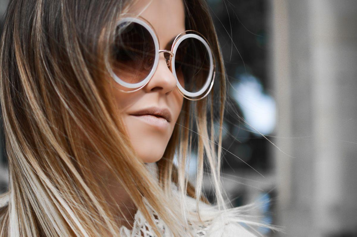 Okulary przeciwsłoneczne – modny gadżet, czy ochrona oczu?