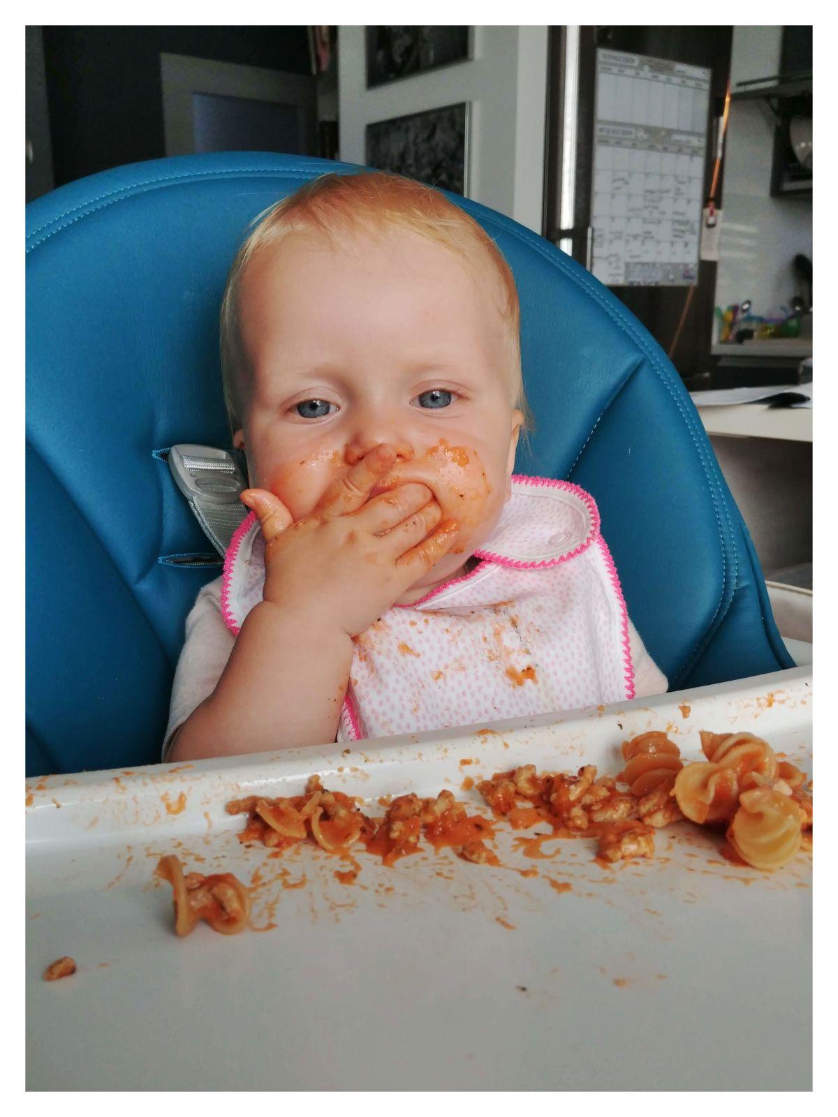 ŁYŻKA CZY BLW? Rozszerzanie diety dziecka okiem matki logopedki