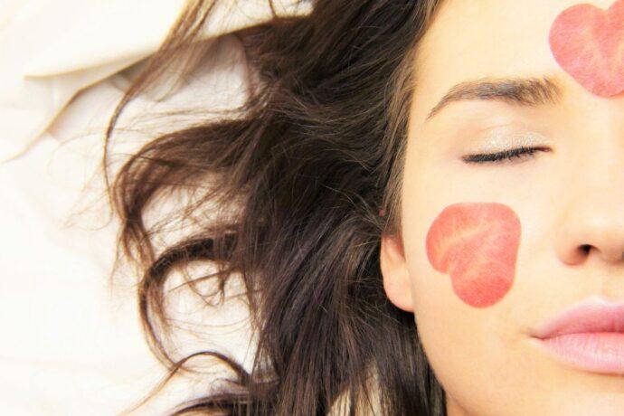 Regularna pielęgnacja skóry - tonizowanie