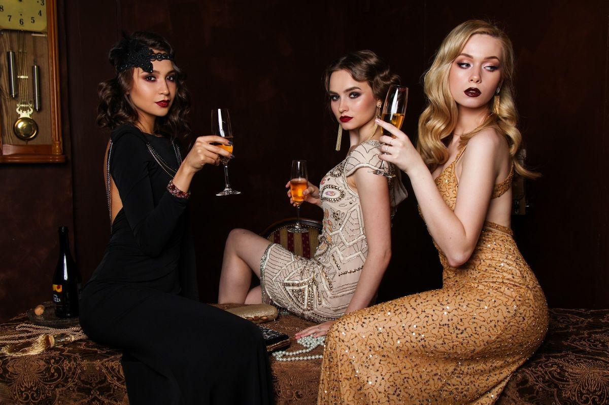 Filmowe letnie wieczory z modą w tle – znasz te tytuły?